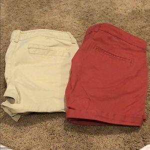 Beige Midi shorts and orange